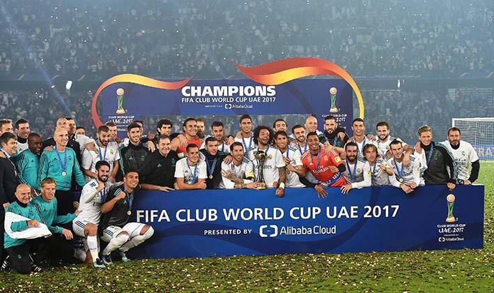 El Real Madrid se convirtió en el primer equipo que revalida la corona de campeón del mundo. Foto/EFE