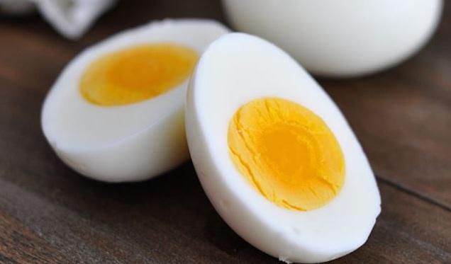 El huevo es considerado por expertos como el alimento más nutritivo después de la leche materna.
