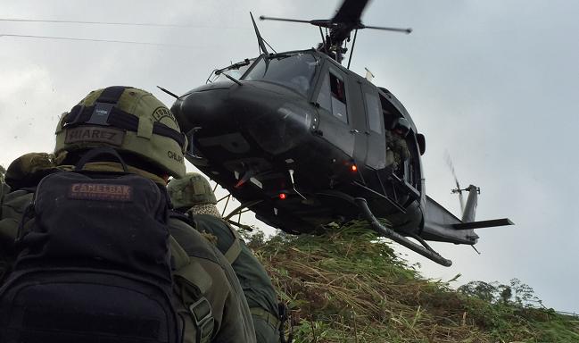 El grupo de aviación Santa Marta poya el desarrollo de operaciones de interdicción, contra objetivos de alto valor, de asalto helicoportado, como también realiza misiones de transporte aéreo, verificación y detección cultivos ilícitos.