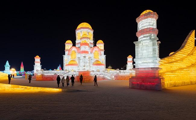 El Festival que se desarrolla en Harbin capital de una provincia al norte de China, irá hasta finales de febrero.