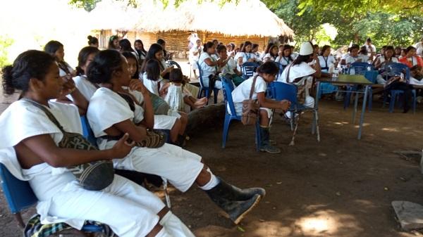 Comunidad arhuaca teme agresiones contra su mamo mayor - Noticias de Colombia