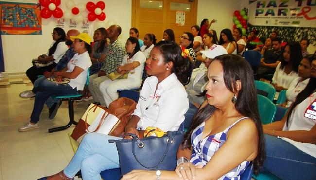 El foro se realizó en las instalaciones del Sena y busca sensibilizar al ciudadano sobre el cuidado y métodos de prevención del VIH.
