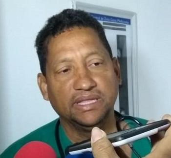 Frank De Armas, médico internista.