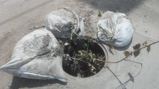 Continúan hurtando las tapas de las alcantarillas en Santa Marta - Noticias de Colombia