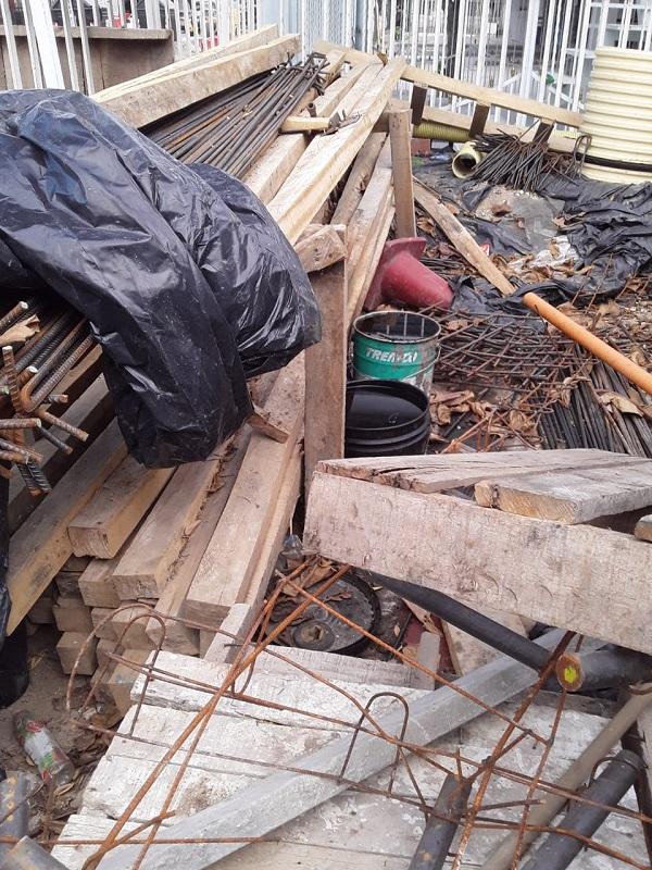 """""""Estamos invadidos de ratas"""": habitantes de la Av. Del Río por obra paralizada - Noticias de Colombia"""