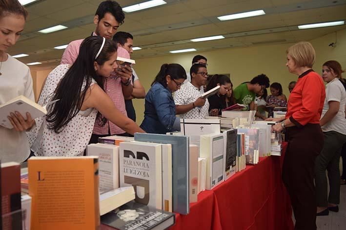 9a41efeae51 Último día de la Feria del Libro