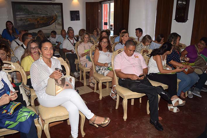 El lanzamiento tuvo lugar en el restaurante Rocoto, del cual es propietario uno de los chefs invitados, Fabián Rodríguez, quien estará haciendo una muestra de su menú en la tarima principal de Sabor Barranquilla.
