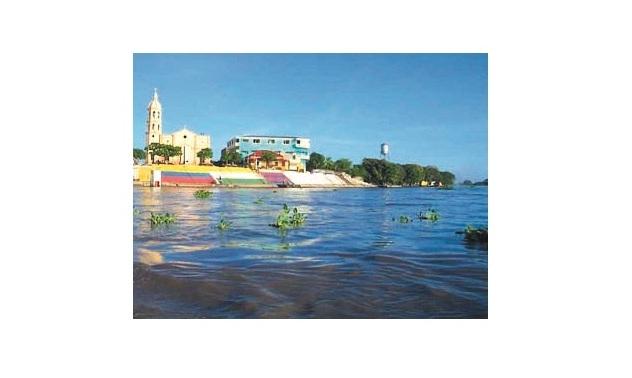 Muelle fluvial de El Banco