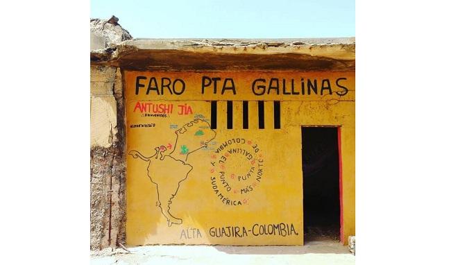 Aviso en El Faro, en Punta Gallina.